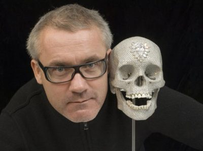 """Hirst posting with his work, """"For the love of God"""".Courstesy dailymail.co.uk"""